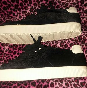 Black ZARA shoes size 9